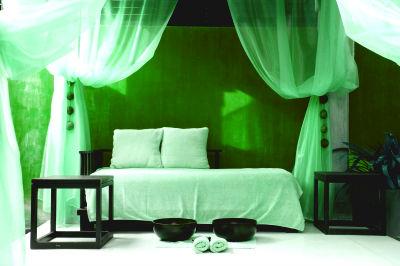 Балдахин над кроватью: решиться или отказаться