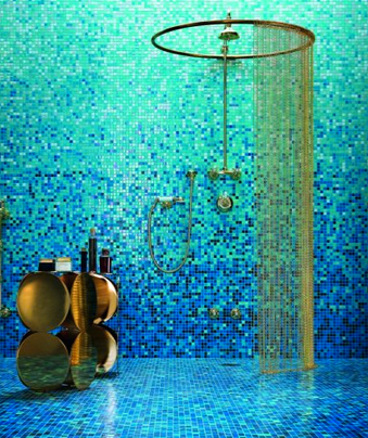 Темно-синяя ванная: игра света или лунная соната