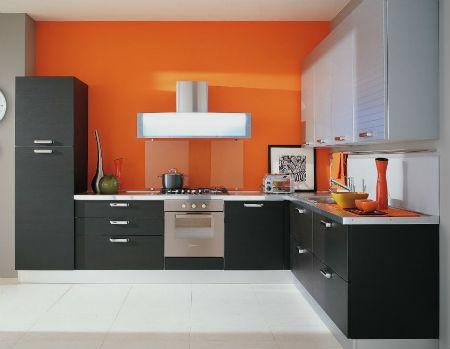 Оранжевая кухня — очень яркая сочная