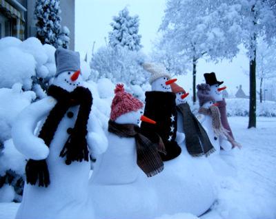 snegovok_vo_dvore1