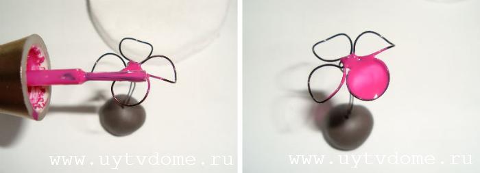 Как сделать цветочки из лака для ногтей 712