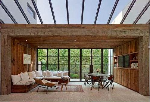 Комфортный дом Джейсона Стетхема в Беверли-Хиллз