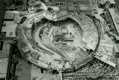Строительство музея Соломона Гуггенхайма.