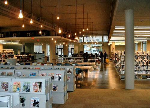 neobicnay-biblioteka-20