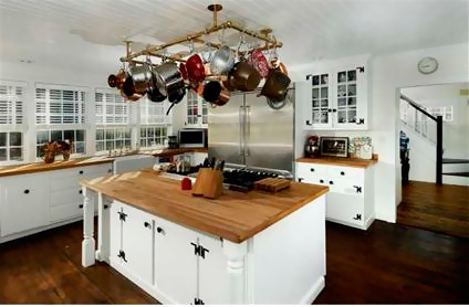 Дом Рене Зеллвегер в Коннектикуте за 1,3 млн. долларов