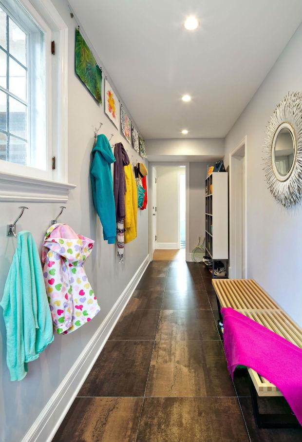 Банкетка в коридоре или прихожей: интерьерная находка для обеспечения домашнего комфорта