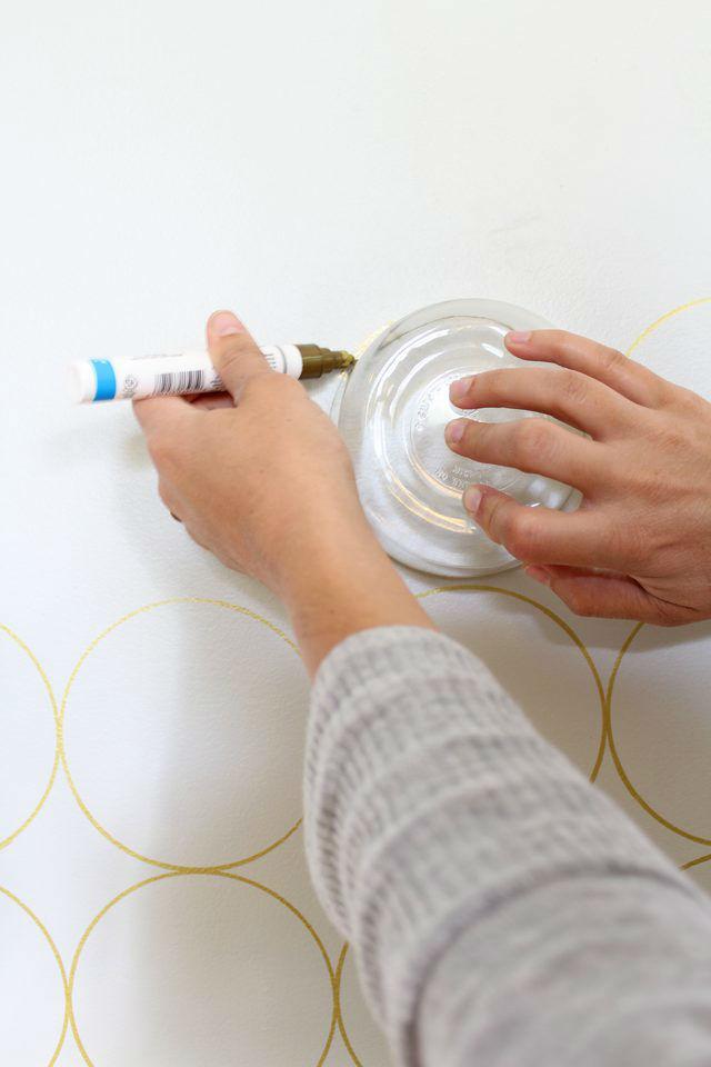 Паттерн на стене своими руками (как преобразить стену)