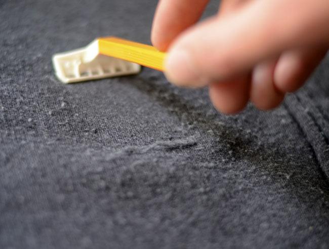 Как удалить катышки с одежды в домашних условиях. 11 способов