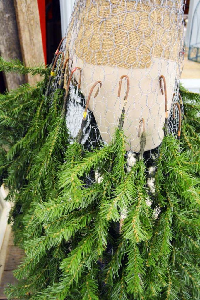 Как сделать необычную елку манекен в платье своими руками (мастер-класс)
