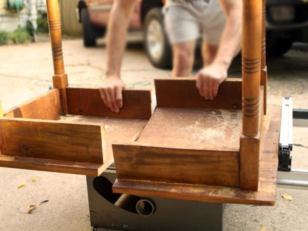 Прикроватные тумбочки из старого столика своими руками. Переделка старых вещей