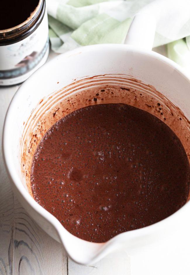 Шоколадный пудинг из семян чиа (вкусный и полезный рецепт)