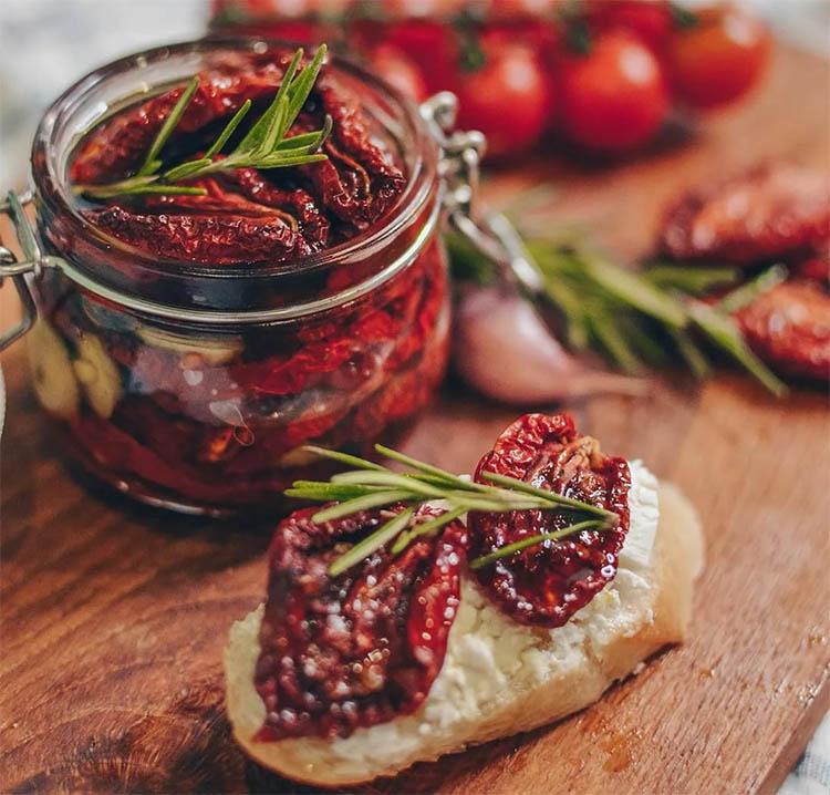 Рецепт вяленых помидоров в домашних условиях в духовке (очень вкусно)