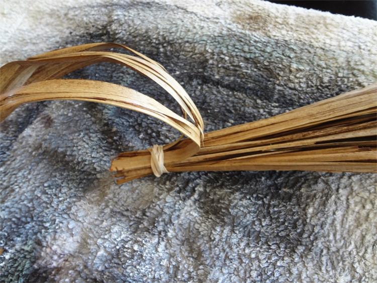 Осенний декор: тыква своими руками из пальмовых листьев (мастер-класс)